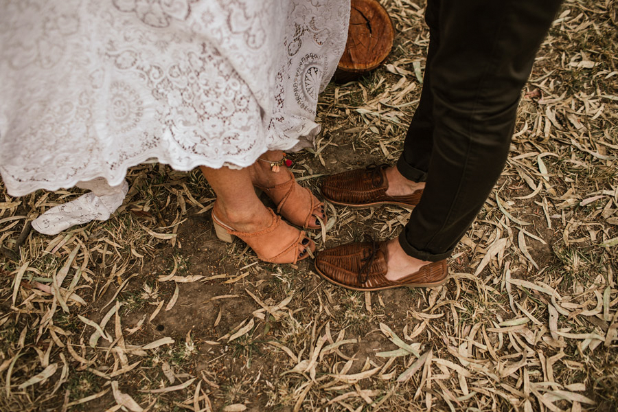 summer wedding photographers whitewall boho